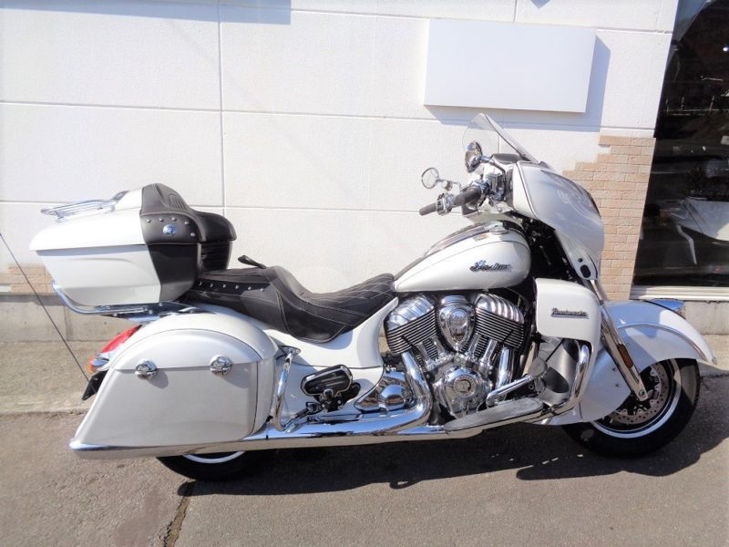 2018 INDIAN ROAD MASTER 111